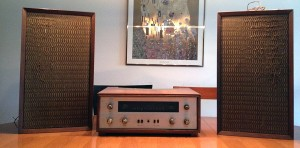The Fisher Model 400 Stereo Receiver and Loudspeakers Model XP-6 (1965)